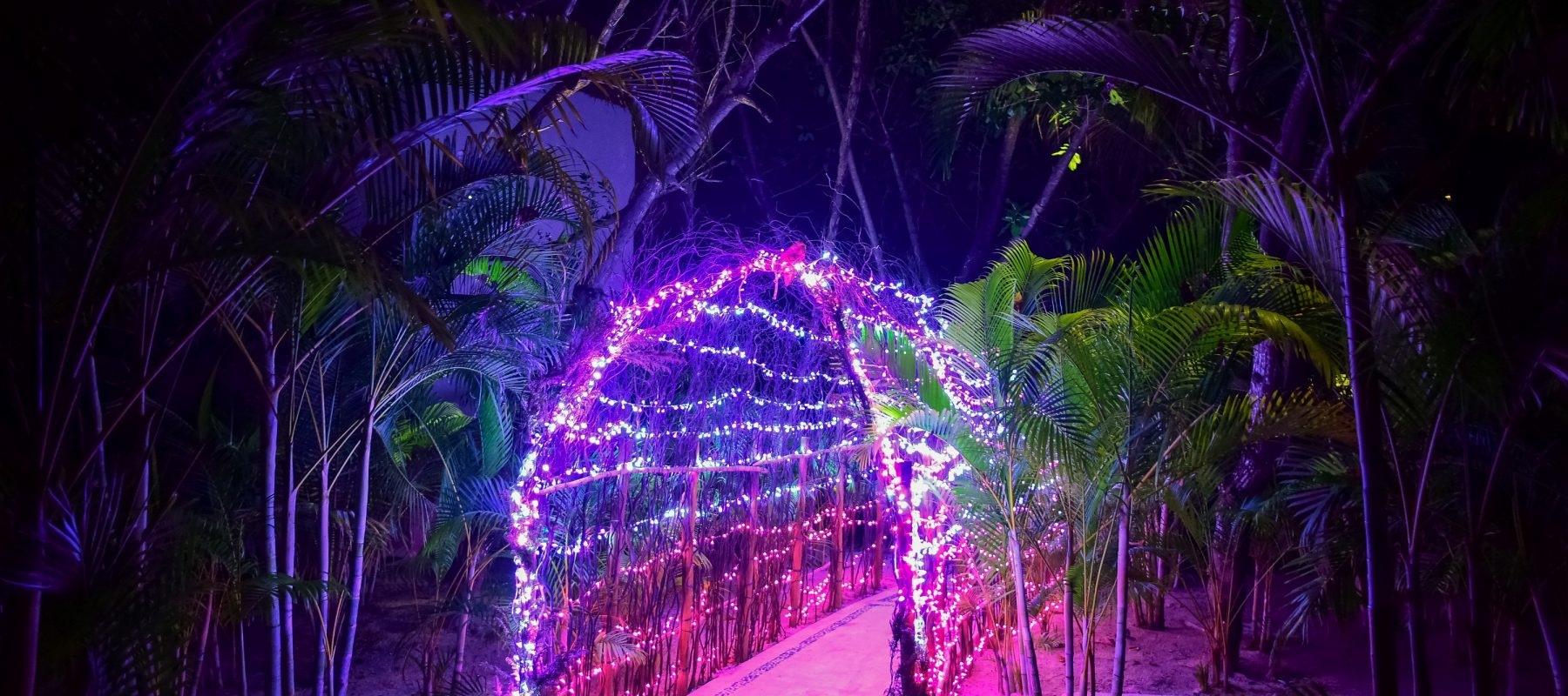 Mahekal Beach Resort Decorated Holiday Pathway