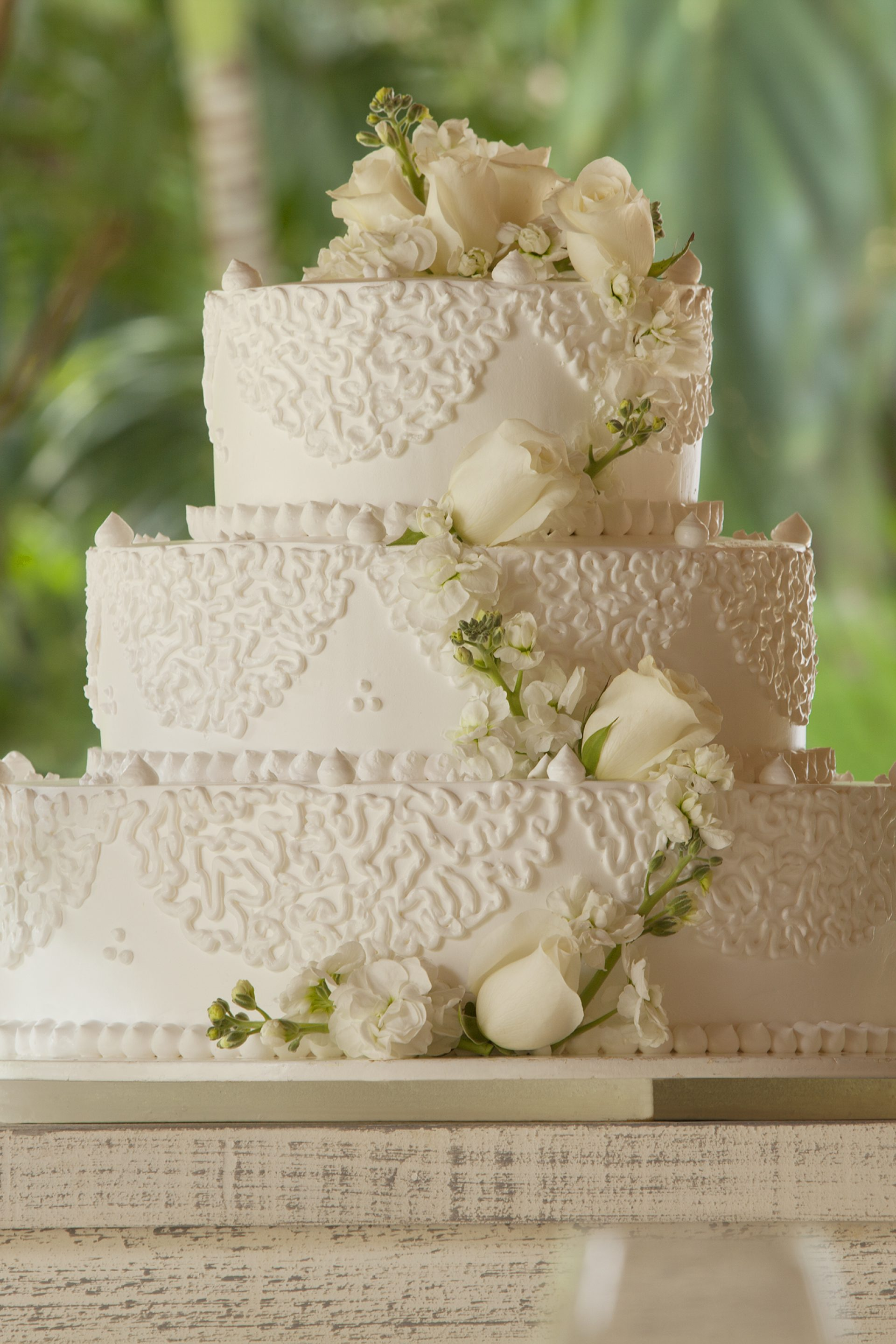 Mahekal Beach Resort Wedding Cake