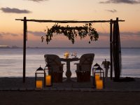 Romantic Beach Dinner in Playa del Carmen