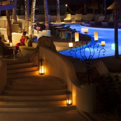 Intimate Poolside Dining at Las Olas at Mahekal
