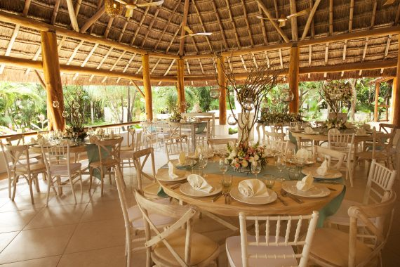 Dining and Events at Mahekal Beach Resort